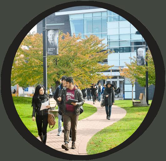 Students walking down path at UTSC